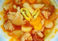 Csülkös bableves! 😍   Dettike 😄 receptje - Cookpad receptek Goulash, Bean Soup, Thai Red Curry, Stew, Beans, Pork, Ethnic Recipes, Red Peppers, Kale Stir Fry