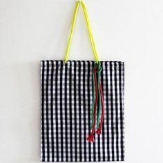 6 Best Hip Exercises for Women Health : Sport for Women in 2020 - Frau Tote Bags Handmade, Diy Tote Bag, Handmade Handbags, Back Bag, Fabric Bags, Cotton Bag, Lv Bags, Textiles, Leather Bag