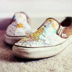 Revamp your shoes with a map and some Mod Podge . Free tutorial with pictures on how to make a pair of decoupage shoes in under 30 minutes by decoupaging with shoes and map. How To posted by Mandy C. Map Crafts, Shoe Crafts, Travel Crafts, The Knot, Make Your Own Map, How To Make, Idées Mod Podge, Mod Podge Ideas, Collages D'images