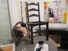 Le blog de Marie-Line: Relooker des chaises, à vos pinceaux ! Decoration, Design, Home Decor, Blog, Cake, Chair Makeover, Home Painting, Decor, Decoration Home
