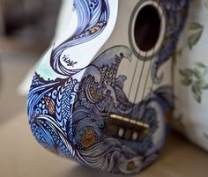 The Sea (Illustration on Ukulele)Permanent markers A ukulele design commission that I did over winter break. Ukulele Design - The Sea Ukulele Art, Guitar Art, Luna Ukulele, Painted Ukulele, Painted Guitars, Ukulele Design, Sharpie Art, Sharpies, Sharpie Doodles