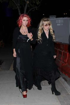 Jessica Nicks and her Aunt Stevie arriving at (or leaving) the Twilight after party, 2012