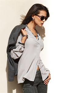Damen Seidenhemd mit Schalkragen und verdeckter Knopfleiste