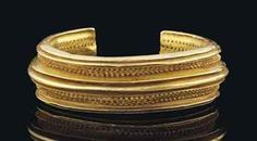 A CELTIC SOLID GOLD BRACELET | IRON AGE, CIRCA 1000 B.C. | Antiquities Auction | jewelry, gold | Christie's