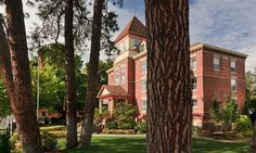 The Roosevelt Inn is located in the heart of Coeur d' Alene, Idaho.  Ideal setting for vacation, weekend get away, reunions, weddings and high teas.  Check out our website at http:/www.therooseveltinn.com