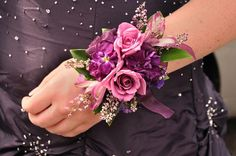 Making a statement   using romantic design elements such as roses