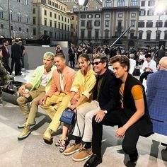 Cole, Dylan, Barbara, and Matt at the Ferragamo Fashion Show in Florence Italy Riverdale Wallpaper Iphone, Zack Y Cody, Dylan And Cole, Drama Tv Shows, Dylan Sprouse, Teen Choice Awards, Barbara Palvin, Summer Collection, Fashion Show