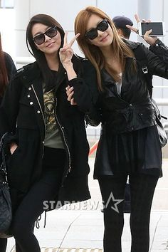 After School Uee and Jung Ah in all black fashion
