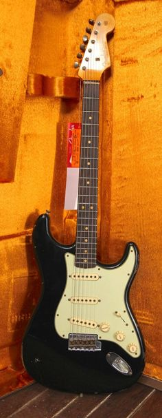 Fender Custom Shop '63 Stratocaster Relic - Black