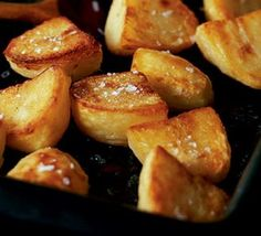 Ultimate roast potatoes recipe- bash with a potato masher after the par boiling stage to get them extra fluffy! Ultimate roast potatoes recipe- bash with a potato masher after the par boiling stage to get them extra fluffy! Bbc Good Food Recipes, Cooking Recipes, Yummy Food, Amazing Recipes, Healthy Food, Xmas Food, Christmas Cooking, Crispy Roast Potatoes, Roasted Potatoes