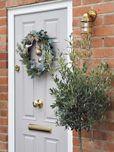 Front Door Makeover - Grey & Gold Composite Door with wreath You are in the right place about fairy garden Here we offer - Victorian Front Doors, Grey Front Doors, Beautiful Front Doors, Exterior Front Doors, Entry Doors, Best Front Door Colors, Cottage Style Front Doors, Cottage Door, House Front Door