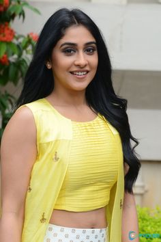 Regina Cassandra hot images and semi nude photos from latest photoshoots are sensational. Here are the hot pics of Regina Cassandra in bikini, saree, and jeans. South Indian Actress Photo, Indian Actress Photos, Indian Bollywood Actress, Bollywood Actress Hot Photos, Indian Actresses, Beautiful Girl Photo, Beautiful Girl Indian, Most Beautiful Indian Actress, Beautiful Women Videos