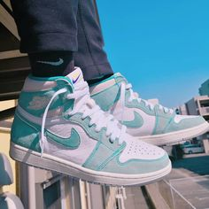"""Shift your sneaker collection to another gear and cop the Jordan 1 Retro High Turbo Green. This AJ 1 sports a white upper with green accents, green Nike """"Swoosh"""", white midsole, and green sole. All Nike Shoes, Nike Shoes Air Force, Hype Shoes, New Shoes, Sneakers Mode, Sneakers Fashion, Shoes Sneakers, Retro Sneakers, Fashion Shoes"""