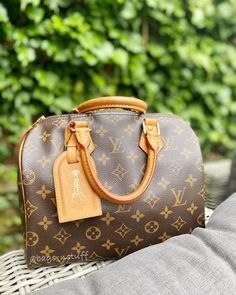 top quality replica handbags, louis vuitton replica, chanel replica, dior replica, hermes bag replica, Where to obtain this purses🖤👉🏻👉🏻click image/video to reach our site or check our website: or ☎️WhatsApp: +8618666021721 👈🏻👈🏻 ▪️▪️▪️ ✈️Worldwide Express Shipping🌏 ▪️▪️ Repin it if you like my posts :) #chloebag #louisvuitton #diorbag #bvlgari #prada #louisvuittoncloth #lvbag #burberrybag #pradabag Chanel Backpack, Chanel Purse, Chanel Bags, Gucci Bags, Best Designer Bags, Designer Belts, Designer Handbags, Louis Vuitton Belt, Louis Vuitton Handbags