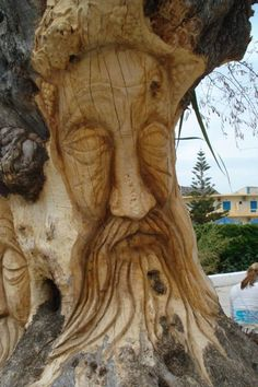 A chainsaw Work of Art!!