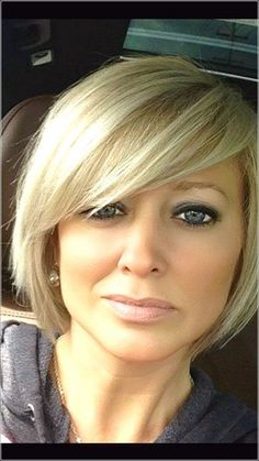 Bobs For Round Faces, Short Hair Cuts For Round Faces, Bob Hairstyles For Round Face, Bangs For Round Face, Short Bob Hairstyles, Hairstyles Haircuts, Short Cuts, Summer Hairstyles, Trendy Hairstyles