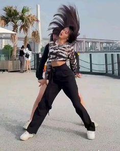 Hip Hop Dance Videos, Dance Music Videos, Dance Kpop, Kpop Aesthetic, Kdrama, Easy Diy, Girl Fashion, Happy, Style