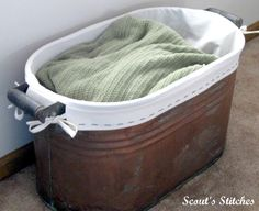 Learn how to make a liner for any sized container tutorial. Need to do this for my Colonel Reb bins. PERFECT