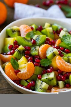Winter Fruit Salad, Best Fruit Salad, Fruit Salad Recipes, Fruit Snacks, Christmas Fruit Salad, Thanksgiving Fruit, Healthy Salads, Healthy Eating, Healthy Recipes