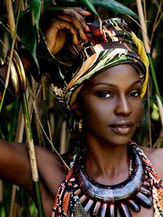 www.cewax.fr in love with this ethnic look -  African Beauty http://amberlair.com #BohoLover #luxurytravel