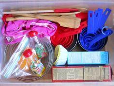 Baker's pretend play prop box via Little Wonders' Days and gardeners Preschool Apple Theme, Preschool At Home, Preschool Activities, Preschool Classroom, Creative Activities, Classroom Ideas, Kindergarten, Dramatic Play Area, Dramatic Play Centers