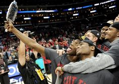 A look at how social media is becoming a big part of the sports world.