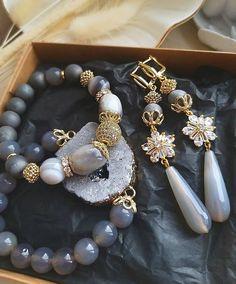 Jewelry Sets, Diy Jewelry, Beaded Jewelry, Handmade Jewelry, Jewelry Making, Beaded Bracelets, Jewellery, Bridesmaid Flip Flops, Ring Earrings