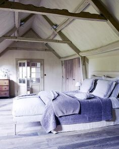 THIS OR THAT: COUNTRY CHIC BEDROOMS!