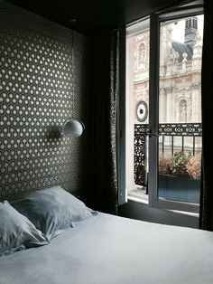 Paris, Paris...Take note of this charming hotel for a dreamlike weekend! #weekend #paris #parigi #hotel #holiday