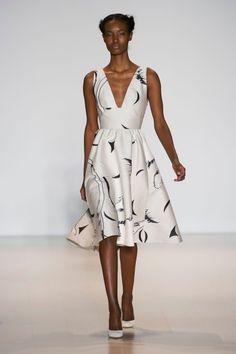 Lela Rose at New York Fashion Week Fall 2014 Couture Mode, Style Couture, Couture Fashion, Runway Fashion, Only Fashion, Fashion Week, Fashion Show, Fashion Outfits, Fashion Tips