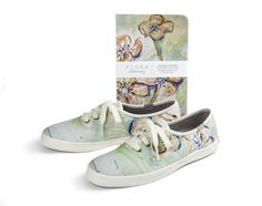Keds Shoes, On Shoes, Shoe Designs, Simple Shoes, Designer Shoes, Footwear, Pairs, Socks, My Style