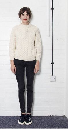 alexa chung, black jeans, cable knit, cream jumper, style, fashion, simple, casual