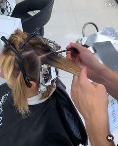 Balyage Long Hair, Balayage Hair Blonde, Hair Movie, Balayage Hair Tutorial, Hair Color Formulas, Long Hair Video, Hair Color Techniques, Aesthetic Hair, Silky Hair