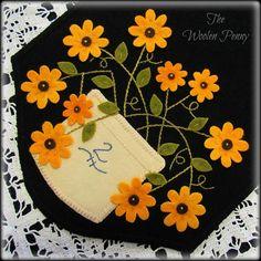 Salt Glazed Blooms Wool Applique Penny Rug Candle Mat Table Runner PATTERN