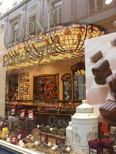 Corné Port-Royal Chocolatier ~ Bruxelles, Belgium (photo by Makiko Melange)....