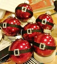 Easy DIY Christmas Ornaments That Look Store Bought - Twins .- Easy DIY Christmas Ornaments That Look Store Bought – Twins Dish Darling, easy DIY Santa ornament craft gift. You could use the Pledge method to make these. Disney Christmas Decorations, Christmas Ornament Crafts, Santa Ornaments, Christmas Crafts, Ornaments Ideas, Glitter Ornaments, Decorating Ornaments, Easy To Make Christmas Ornaments, Santa Crafts