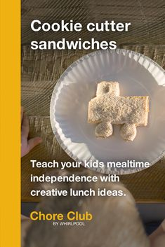 These fun activities from Whirlpool can help parents share important life skills with their kids and reinforce concepts from school through household chores. Teaching Kids, Kids Learning, Easy Lunches For Kids, Lunch Box Recipes, Food Goals, Bear Art, Crochet Baby Hats, Chor, Stem Activities