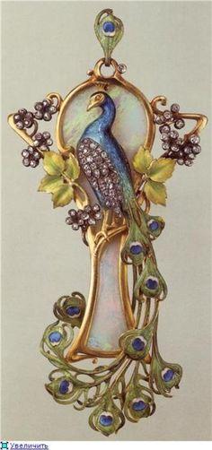 Russian art nouveaux   jan 11 12 21 notes tagged art art nouveau gold jewelry modern peaock ...