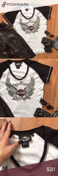 white + black || HARLEY DAVIDSON || ladies tee • ladies short sleeve v-neck Harley Davidson top •|| size medium •|| great vintage condition :: absolutely no stains, holes, discolorations or cracking  •|| a great addition to any ladies Harley too collection •|| perfect, comfortable fit ----- . #harley #harleydavidson #biker #motorcycle #bikerchic #sturgis #laconia  #bikeweek Harley-Davidson Tops