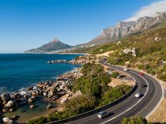 A detailed travel guide & full itinerary for driving the Garden Route in South Africa. From where to go, the best activities and top accommodation choices. South Africa Tours, Cape Town South Africa, Knysna, West Coast Cities, World Environment Day, Garden Route, Best Cities, Holiday Destinations, Holiday Places