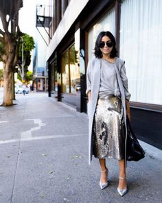 ways how to wear sequin skirt outfit 20 Modest Outfits, Skirt Outfits, Modest Fashion, Fashion Outfits, Fashion Trends, Look Fashion, Fashion Blogger Style, Mantel Styling, Sequin Skirt Outfit