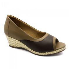 Sandália Feminina Anabela 614 em Couro Caramelo/Café/ Doctor Shoes....229,90 ou em até 6x de 38,32 sem juros no cartão...