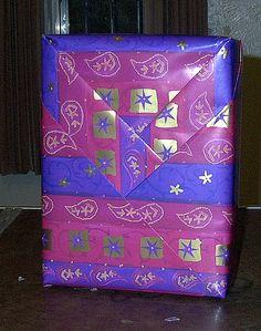 No bow gift wrap