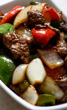 Chili Garlic Beef Stir Fry with Coconut Jasmine Rice sounds like dinner perfection! Asian Recipes, Beef Recipes, Cooking Recipes, Healthy Recipes, Delicious Recipes, Recipies, Great Recipes, Dinner Recipes, Favorite Recipes