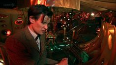 Image from http://whoismattsmith.com/gallery/albums/screen/DoctorWho/Series6/Ep9/CDWep9/normal_cdwep9caps-000012.png.
