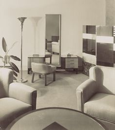 Boudoir and furniture of Manik Bagh, 1931. Palace,Eckart Muthesius, the son of Hermann Muthesius, the German architect and interior designer Eckart Muthesius lived in India between 1930-1939. The Maharaja of Indore commssioned him to decorate and design his Palace at Manik Bagh in the modern International Style; it became a large-scale art project and Muthesius incorporated furniture designed by Eileen Gray, Le Corbusier, Marcel Breuer and Ivan da Silva Bruhns.