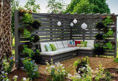 Cómo decorar un jardín con palés