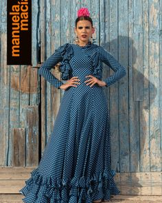 Flamenco Costume, Flamenco Skirt, Frill Dress, Simple Dresses, Belly Dance, Gowns, Costumes, Skirts, Model