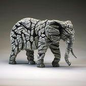 Edge Sculpture Elefant