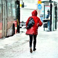 3 liikkeen pilatesjumppa lantionpohjan lihaksille | Hyvä Terveys Canada Goose Jackets, Winter Jackets, Winter Coats, Winter Vest Outfits